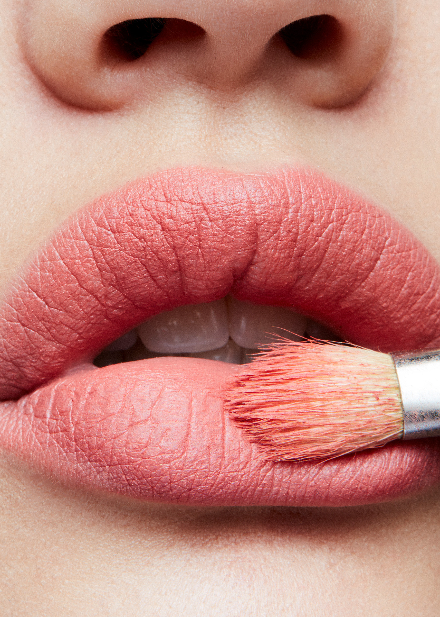 Retro Matte Lipstick - Runway Hit, RUNWAY HIT, large image number 1