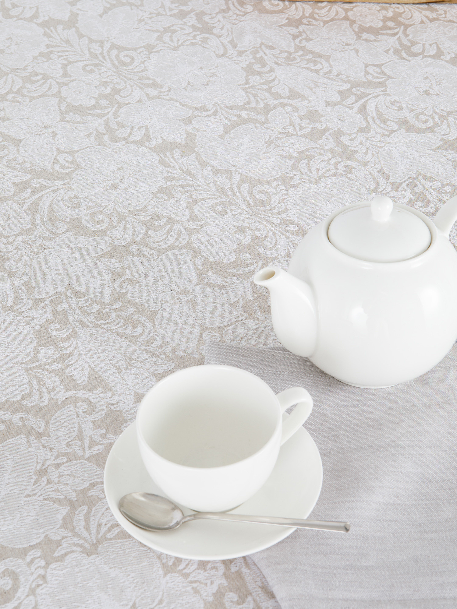 Tovaglia centrotavola lino e cotone motivo ornamentale, Bianco, large image number 2
